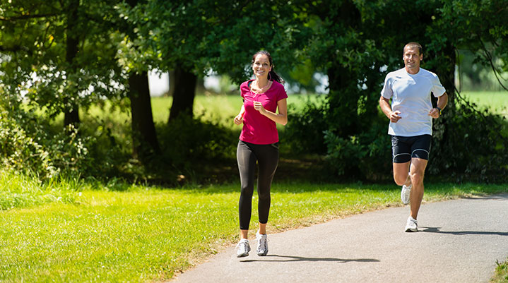 How We Do It: Golf and a Running Race