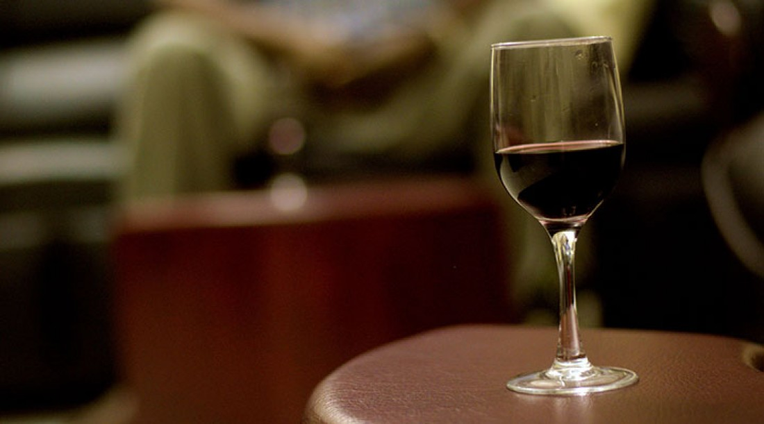 Is it ok for christians to drink wine